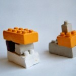"""Severine Gorlier, """"Legos"""", ensemble de 67 sculptures, échelle 1, argile et peinture"""